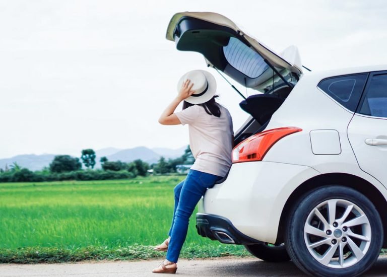 TIPS TO KEEP WOMEN SAFE ON THE ROADS